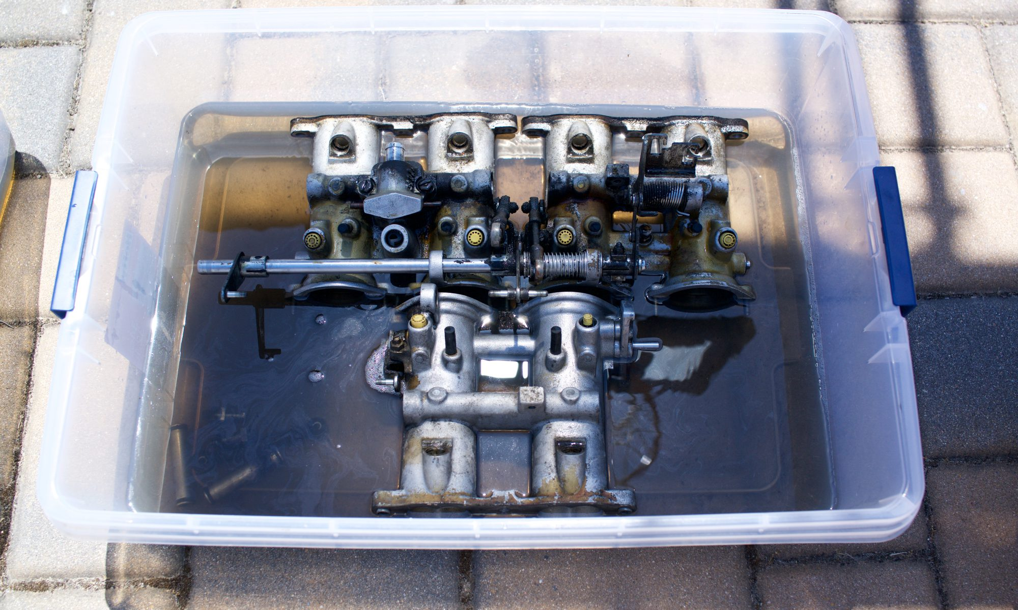 Clean Valve Cover and Entire Intake System | 1988 BMW E28 M5